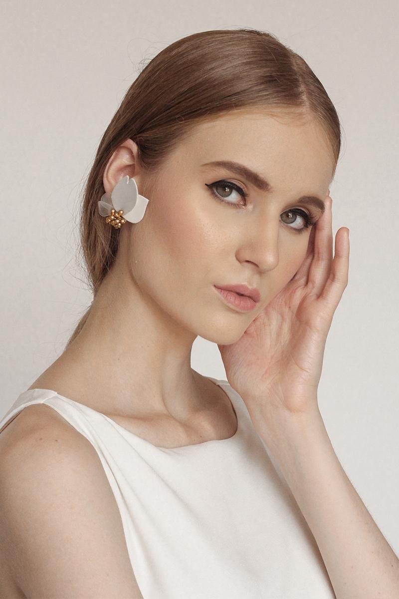 Renee - Clip Earrings