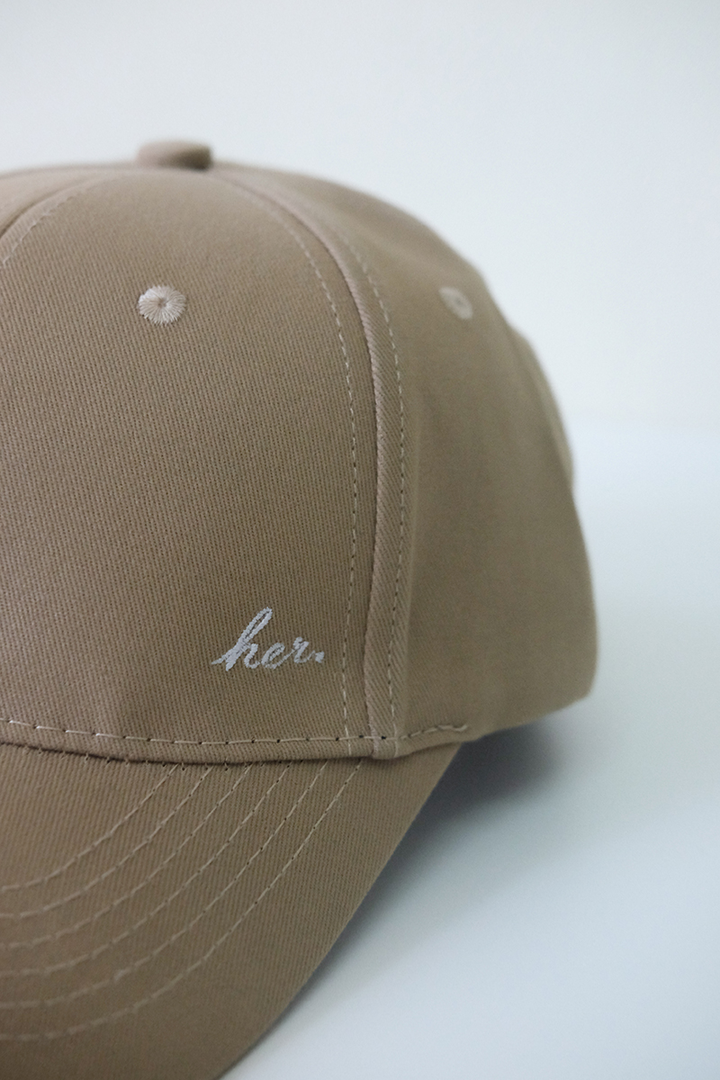 HER Cap in Taupe